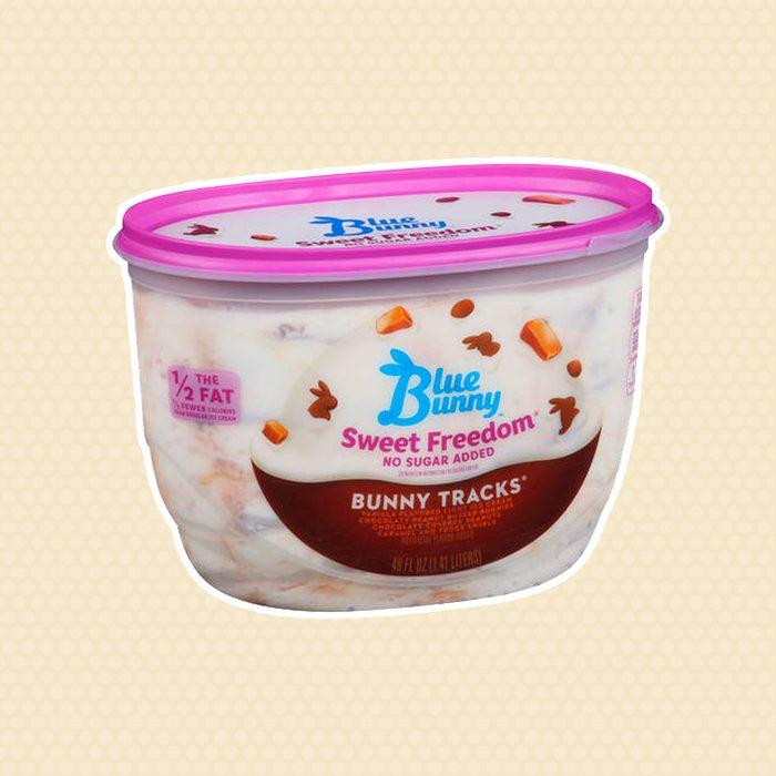 Blue Bunny No Sugar Added Reducd Fat Bunny Tracks Ice Cream, 48 oz