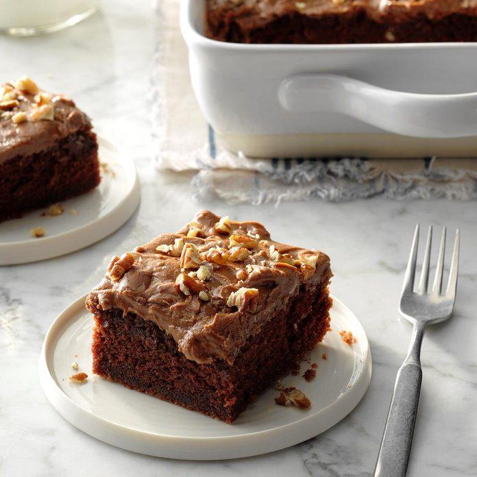 Cinnamon Chocolate Cake Exps Tohca19 23789 C03 14 3b Rms 4