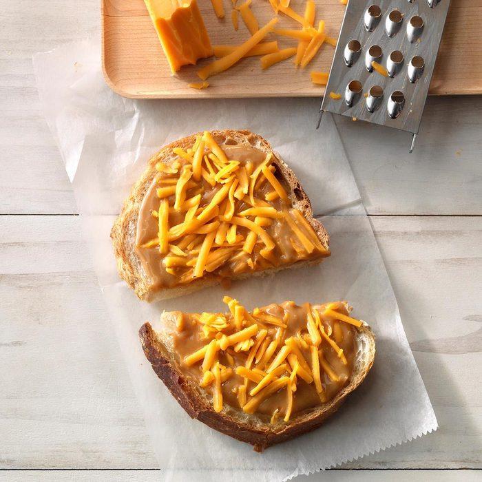 Southern Peanut Butter Mayo Sandwich Exps Tohas19 239333 C04 18 5b 4