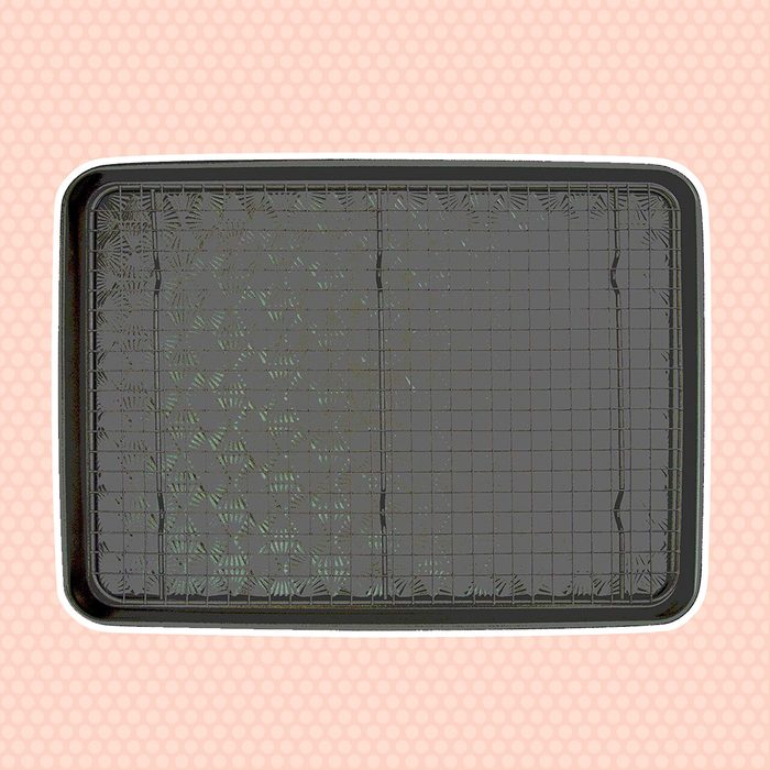 TOH 18x13 inch w Non-Stick Cooling Rack