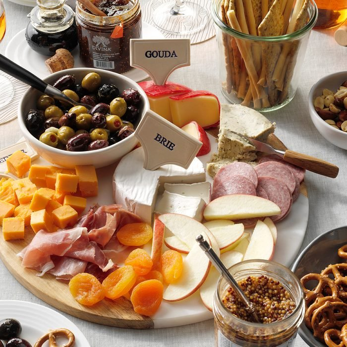 TOHDJ20, charcuterie cheese board