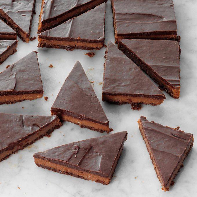Triple Chocolate Cheesecake Bars Exps Tohon19 217977 E06 12 2b 5