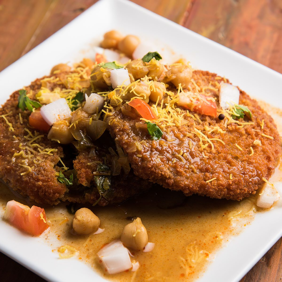 Aloo Tikki / Ragda Patties / Cutlet is a popular snack or snack from India