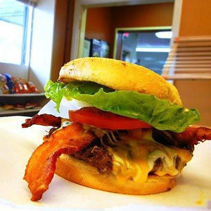 Best burger in Mississippi, SideStreet Burgers