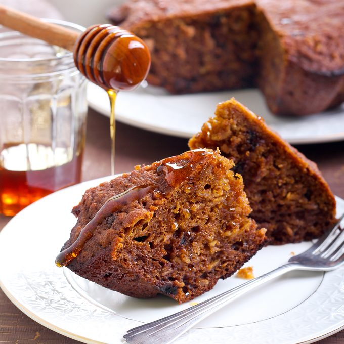 Cake with chocolate and honey; Shutterstock ID 229005178; Job (TFH, TOH, RD, BNB, CWM, CM): TOH