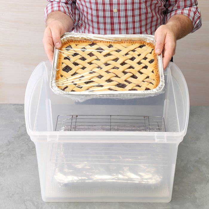 DIY carrier for multiple casserole dishes
