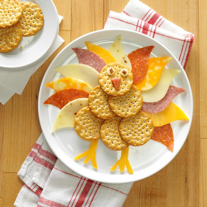 Cute turkey-shaped cheese appetizer
