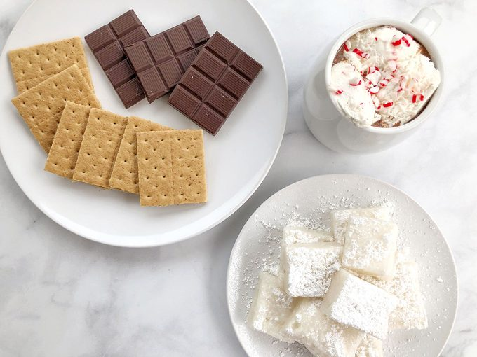 This Vegan Marshmallow Recipe Will be Your New S'Mores Go-To