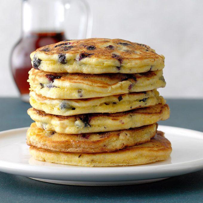 Blueberry Corn Cakes Exps Tohfm20 241299 B09 19 2b 2