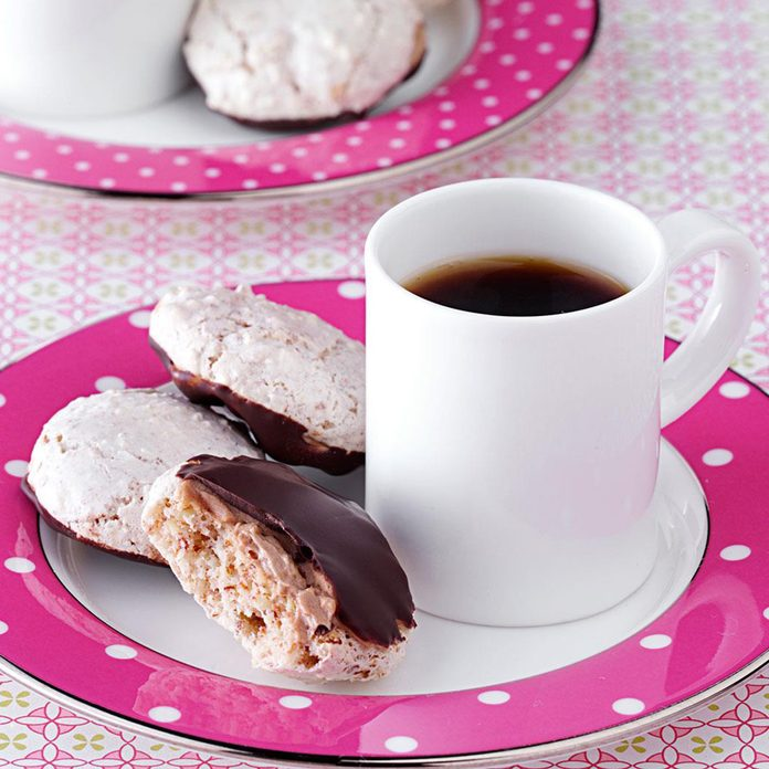 Chocolate-Dipped-Almond-Macaroons_exps93339_THCA2916394B11_14_5bCC_RMS
