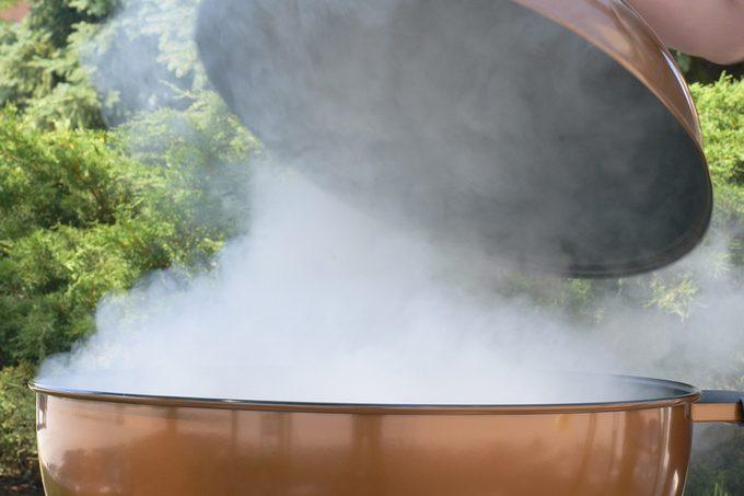 Opening smoker lid