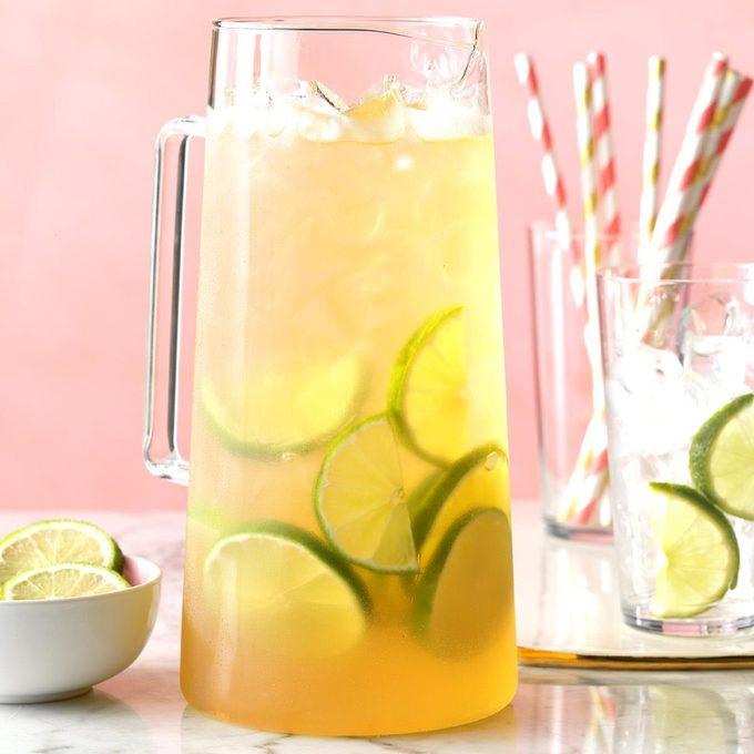 Sparkling Coconut Grape Juice Exps Hca19 202298 C10 02 9b 7
