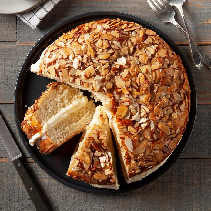 Bee Sting Cake Exps Ft19 246403 F 1030 1 4