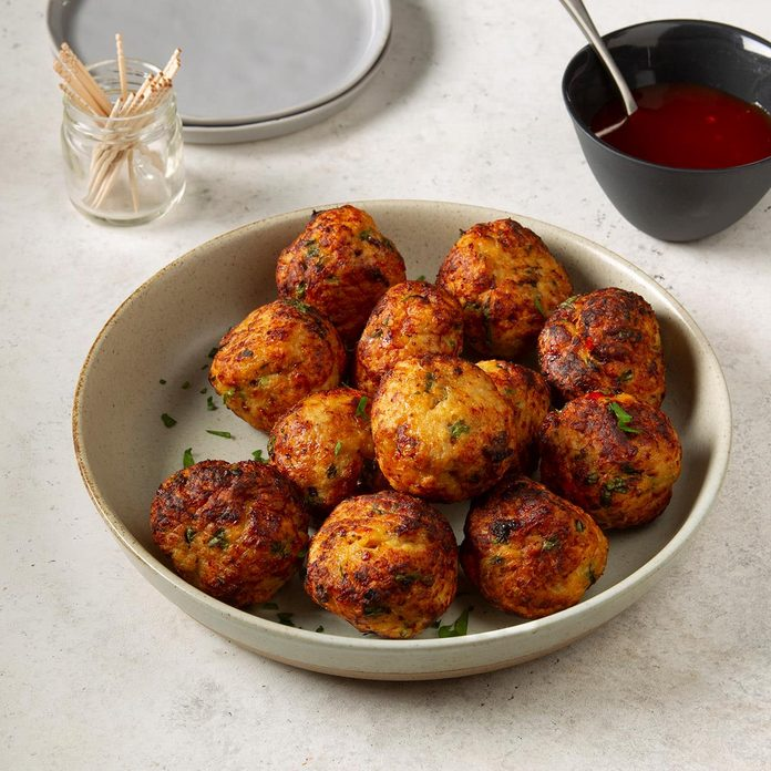 Game Day Thai Chicken Meatballs  Exps Ft19 236086 F 1112 1 3