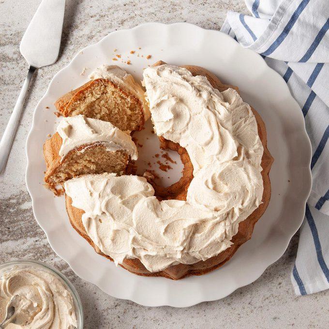 Peanut Butter Bundt Cake Exps Ft19 120973 F 1101 1 10