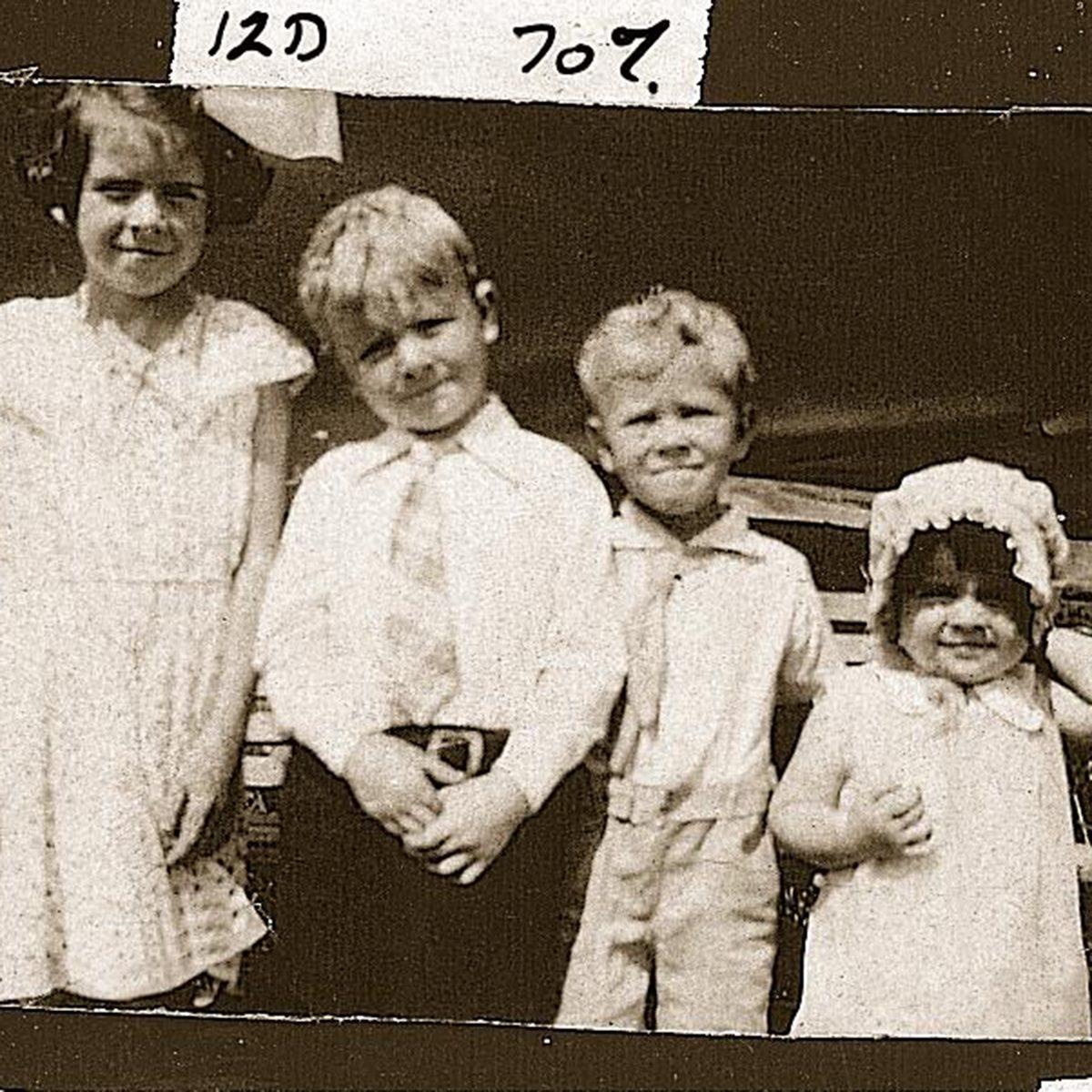 Singing Siblings 1930s