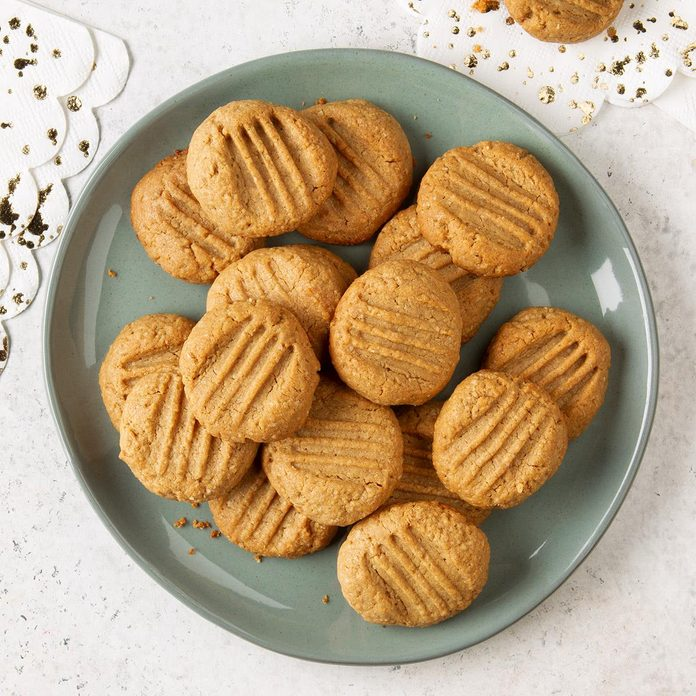 Healthy Peanut Butter Cookies Exps Ft19 247269 F 1203 1 3