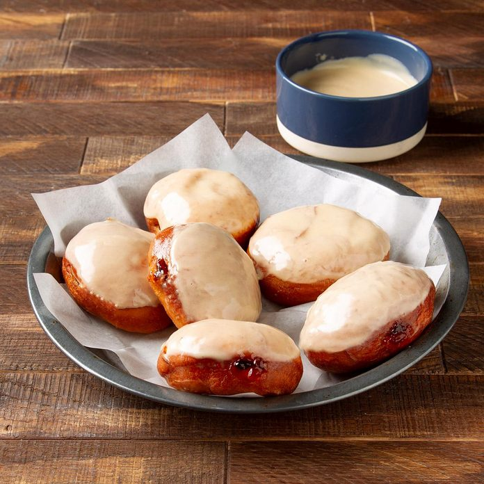 Peanut Butter And Jelly Doughnuts Exps Ft19 247043 F 1121 1 1