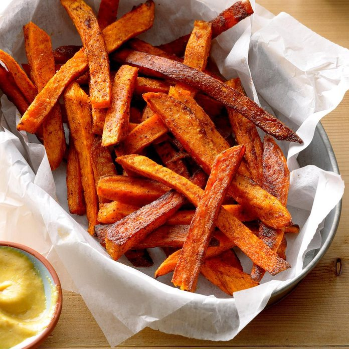 Baked Sweet Potato Fries Exps Thso17 87885 B04 20 3b Basedon 7