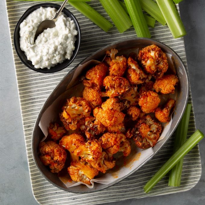 Buffalo Bites With Blue Cheese Ranch Dip Exps Ft20 238642 F 0227 1 10