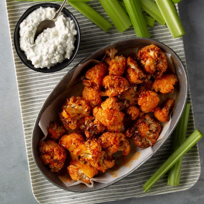 Buffalo Bites With Blue Cheese Ranch Dip Exps Ft20 238642 F 0227 1 7