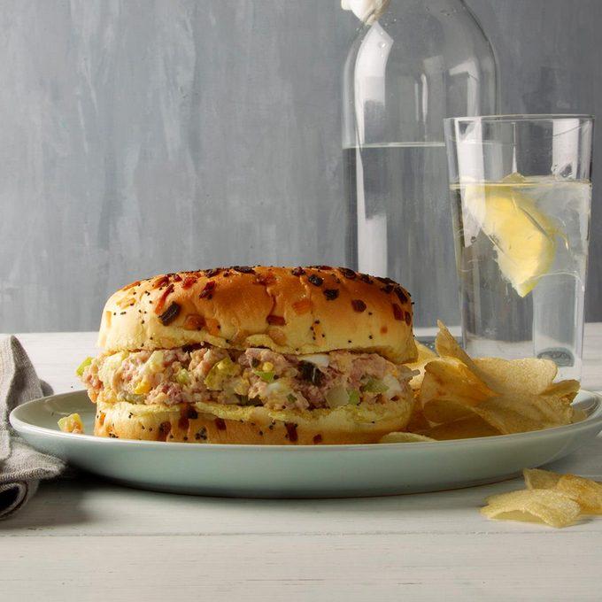 Grandma S Baked Ham Sandwiches Exps Ft20 243213 F 0211 1 2