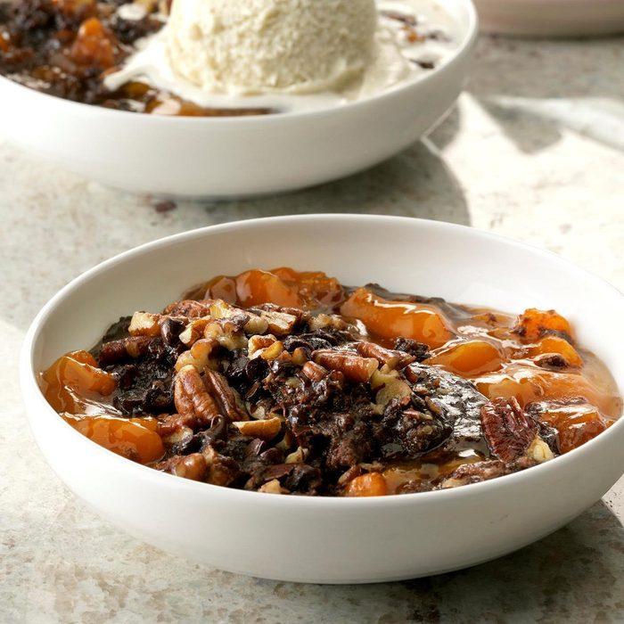 Pressure Cooker Chocolate Apricot Dump Cake Exps Thcom19 233303 C01 16 1b 13
