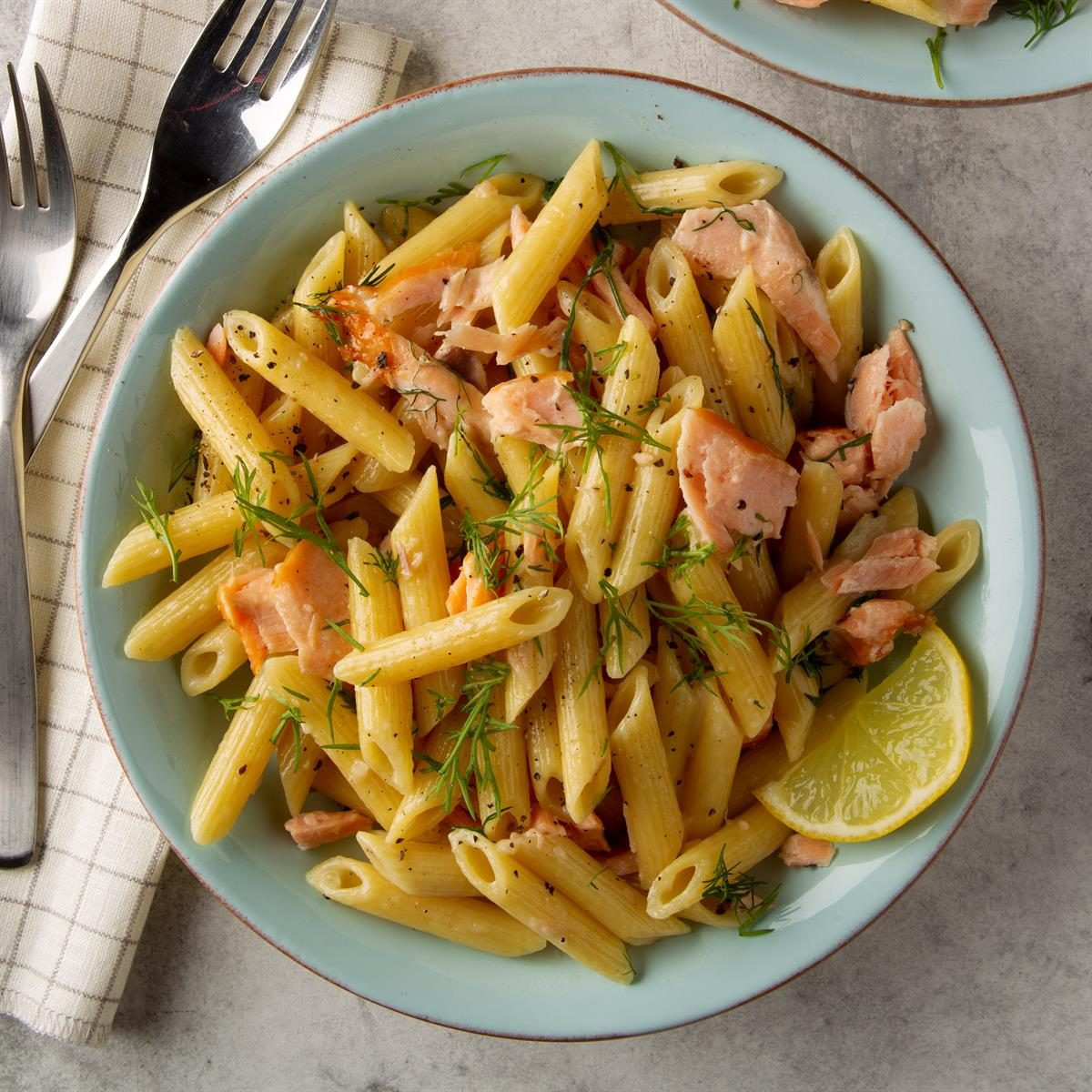 Pressure Cooker Smoked Salmon And Dill Penne Exps Ft20 245065 F 0228 1 5