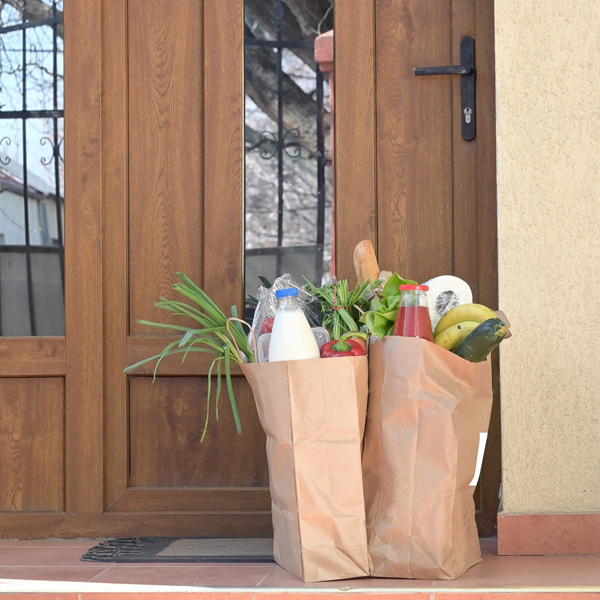Delivering Food To A Self-isolate People or Quarantine At Home