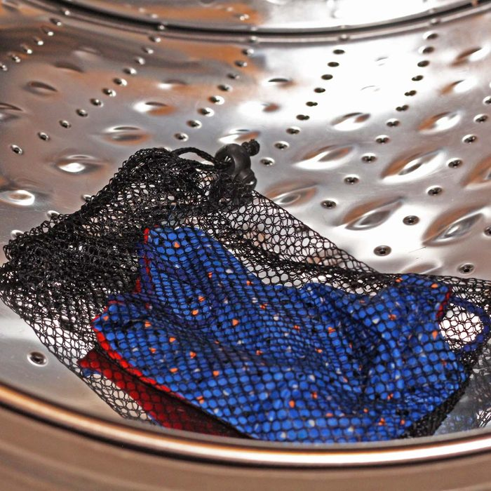 Clean DIY Face Mask In Washer