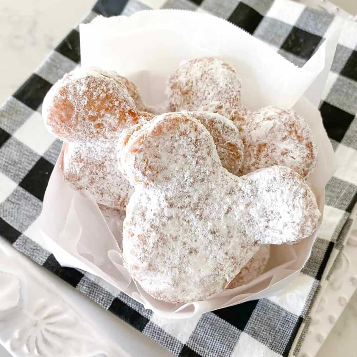 Mickey Beignets_Picky Palate