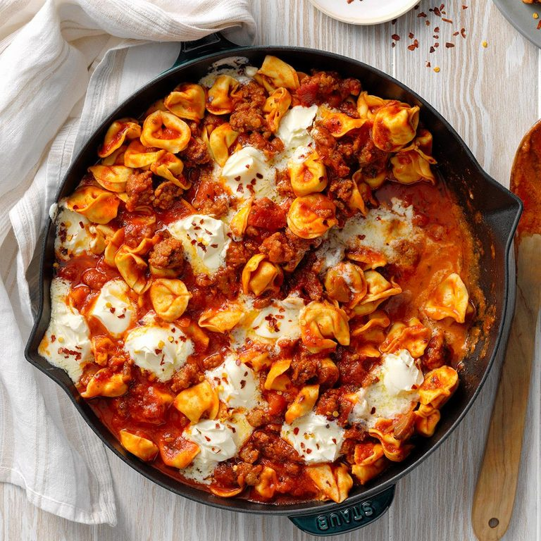 Tortellini With Sausage And Mascarpone Exps Tohescodr20 245880 B03 17 5b 5