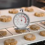 This $8 Oven Thermometer Is the Secret to Perfect Bakes