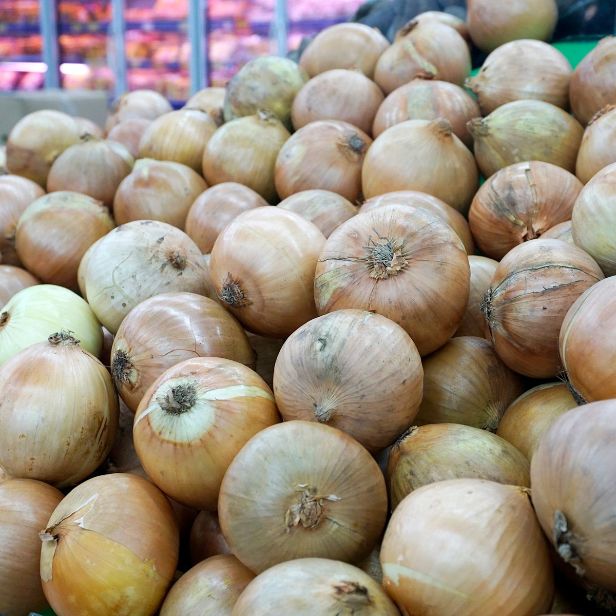 sweet onion bulbs at the farmers market place