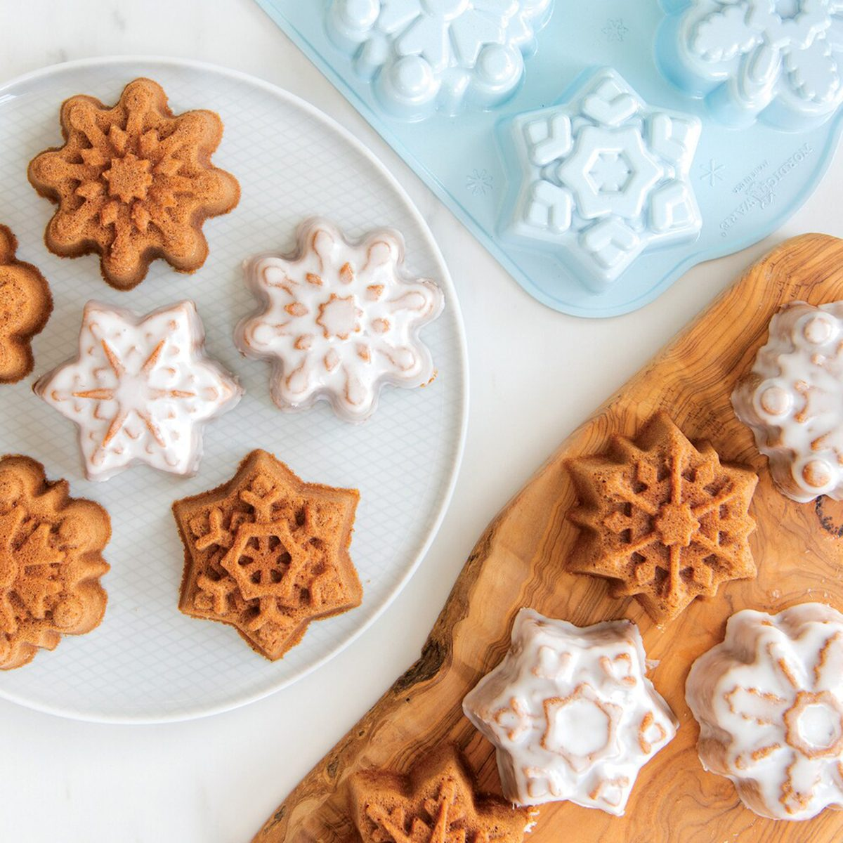 Disney's Frozen 2 Cast Snowflake Cakelet Pan by Nordic Ware