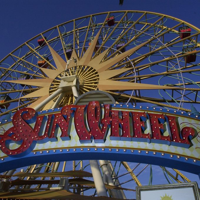 Situated at the edge of the Paradise Pier lagoon, at Disney's California Adventure is the 150–foot–tall Sun Wheel. (Photo by Don Kelsen/Los Angeles Times via Getty Images)