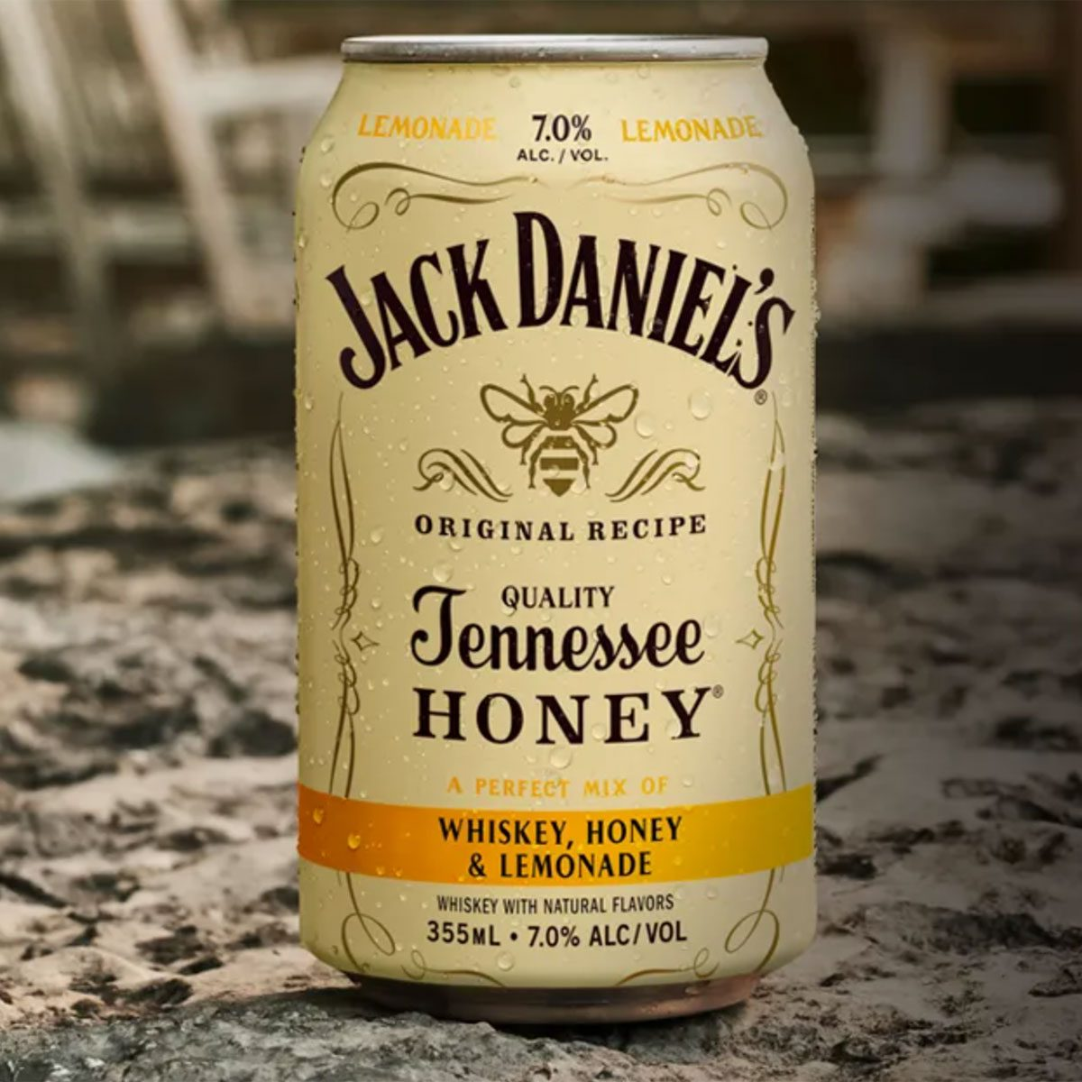 Jack Daniels Tennessee Honey and Lemonade