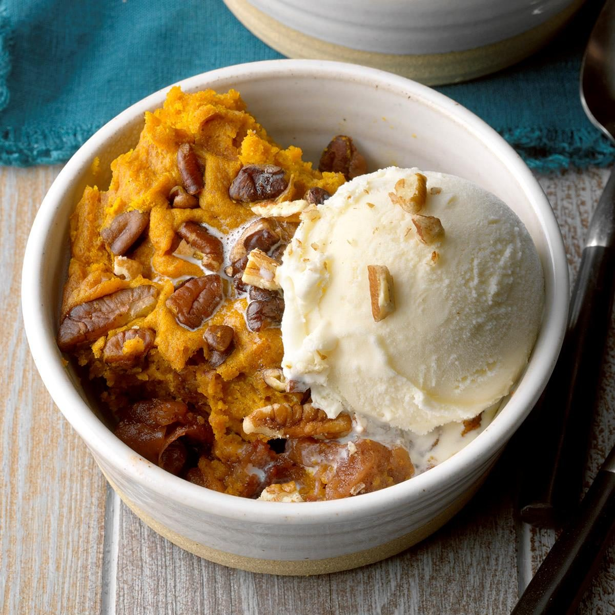 Day 25: Slow-Cooked Pumpkin Apple Cobbler