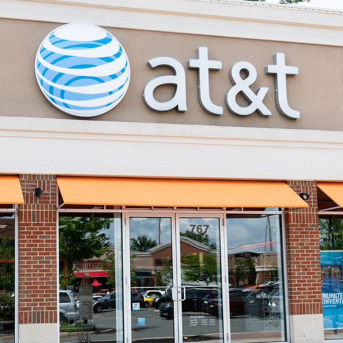 NORTH BRUNSWICK TOWNSHIP, NJ, UNITED STATES - 2018/08/14: AT&T store in North Brunswick Township, New Jersey. (Photo by Michael Brochstein/SOPA Images/LightRocket via Getty Images)