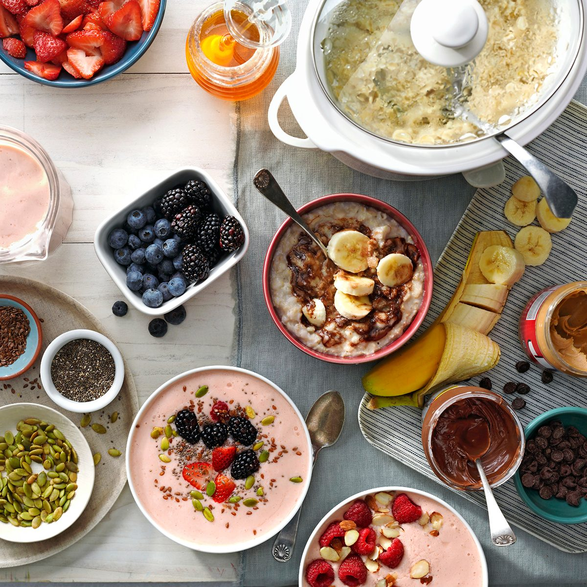 Bowl toppings with bowls