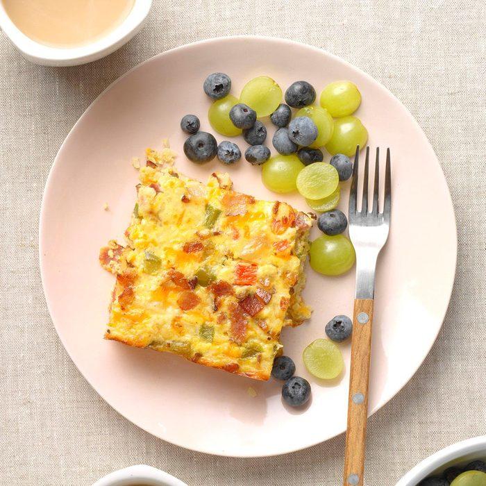 Easy Cheesy Cauliflower Breakfast Casserole Exps Tohdj21 242529 B08 04 1b 23