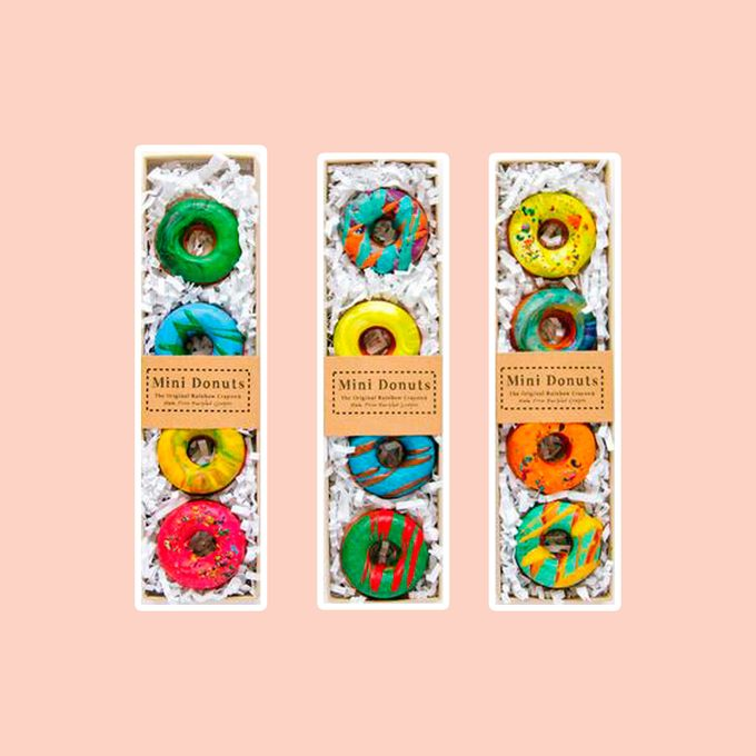 Donut Crayons - Mini Donut Crayon Boxed Set of 4 Original Rainbow Crayons