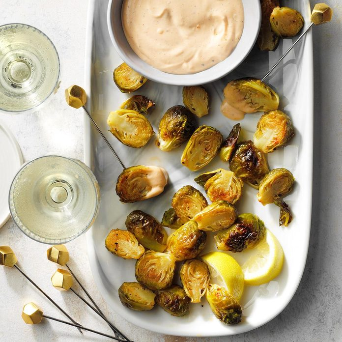 Roasted Brussels Sprouts With Sriracha Aioli  Exps Tohdj21 248458 E07 30 8b 1