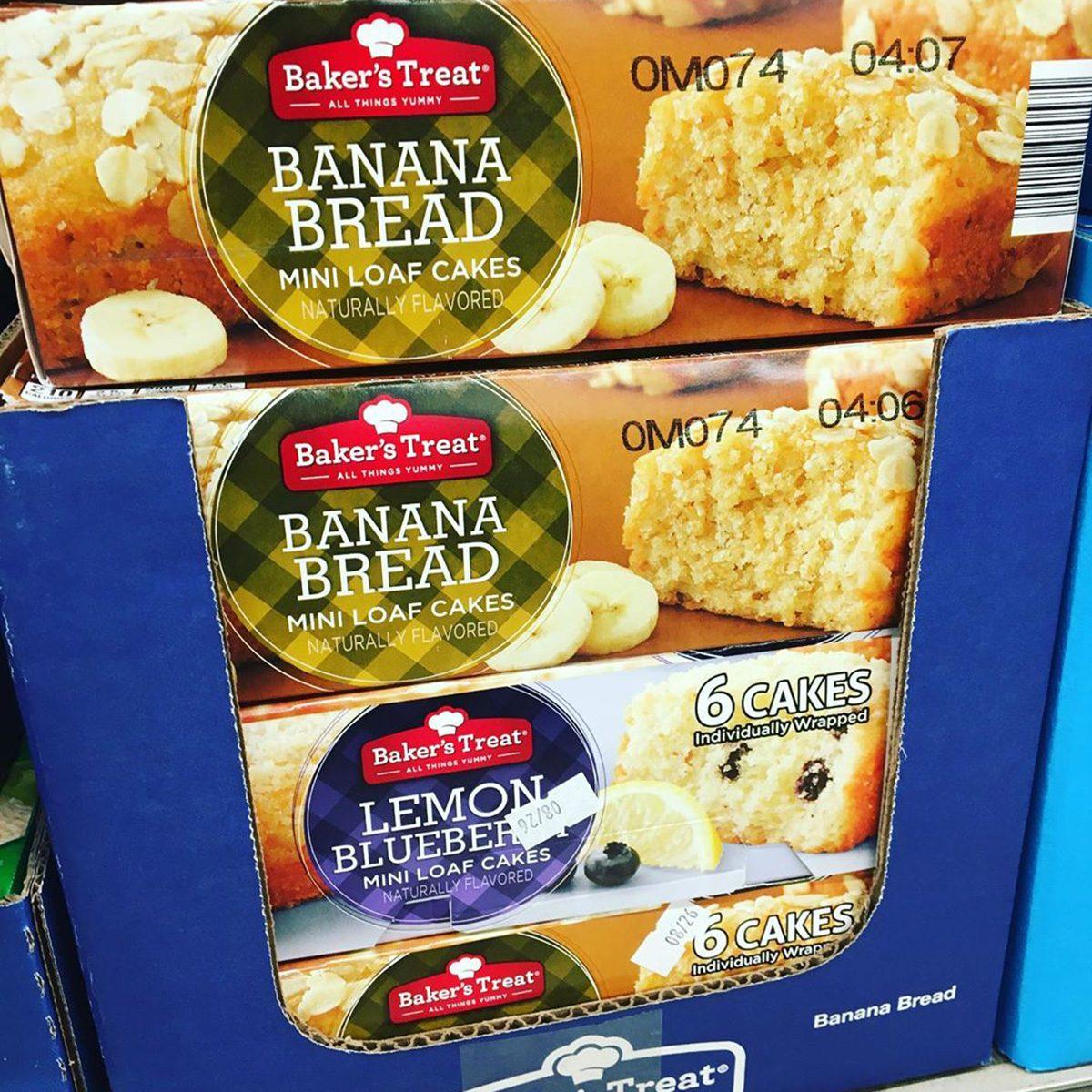 Aldi banana bread packs on shelf