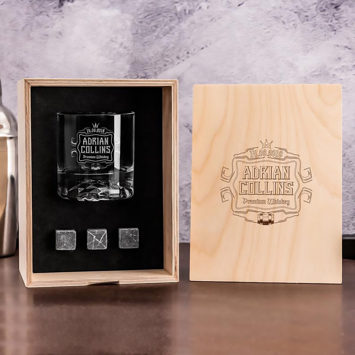 Personalized Whisky Glass Set with Whiskey Stones and Wood Box. Bourbon Glass Gift for Birthday. Custom Whiskey Set as Birthday Gift for him