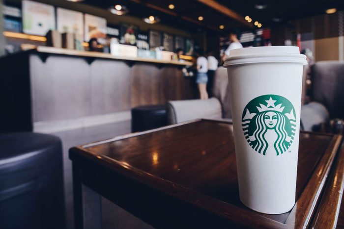 This-Is-the-Healthiest-Drink-at-Starbucks-(Hint--It's-Not-Black-Coffee-or-Tea)_665361031_EDITORIAL_Boyloso