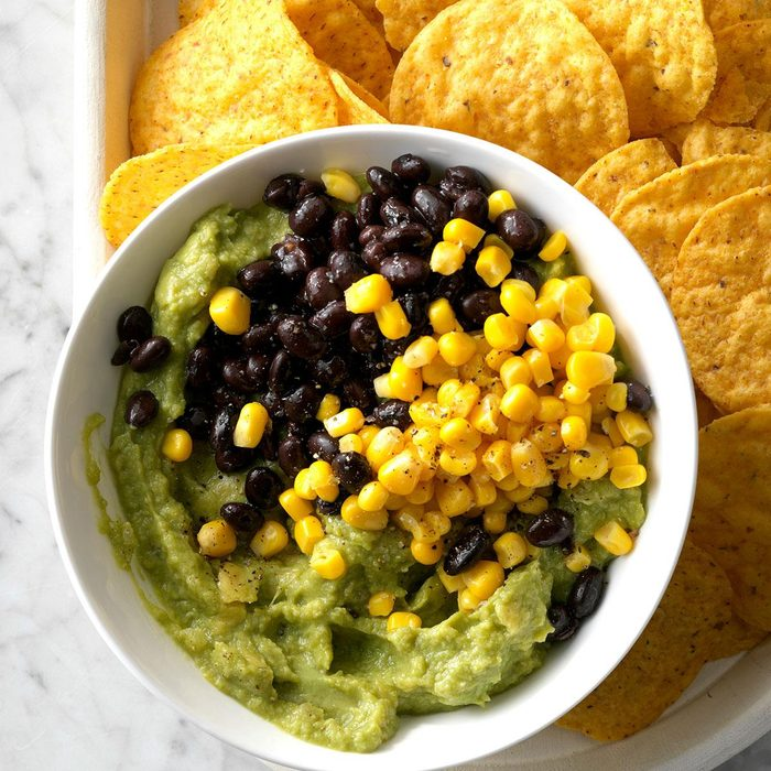 Black Bean And Corn Guacamole Exps Tmbstk18 255118 Guacamole C10 29 5b 7