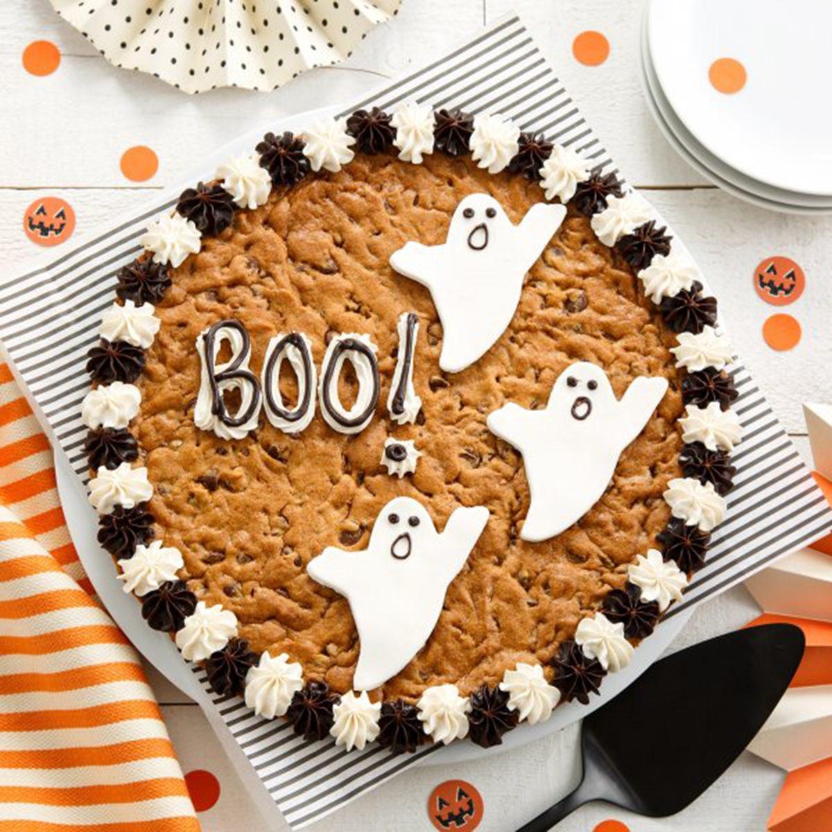 SAY BOO! COOKIE CAKE