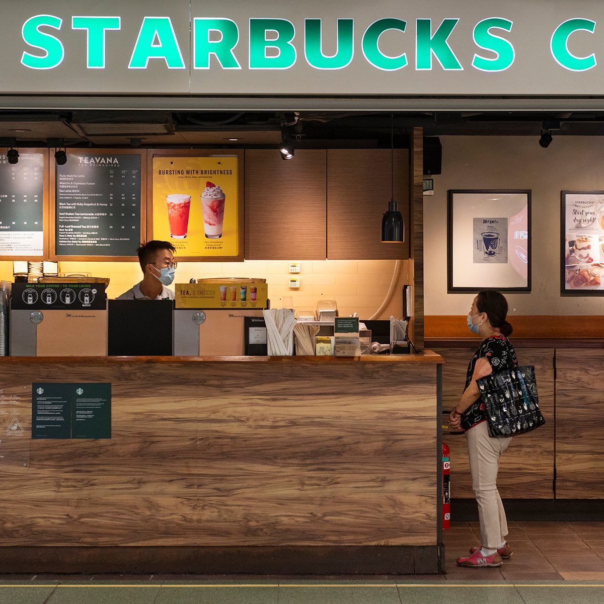 HONG KONG, CHINA - 2020/07/07: American multinational chain Starbucks Coffee store seen in Hong Kong. (Photo by Budrul Chukrut/SOPA Images/LightRocket via Getty Images)