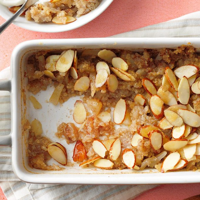 Pear Quinoa Breakfast Bake Exps Rc20 252734 E09 09 9b 2